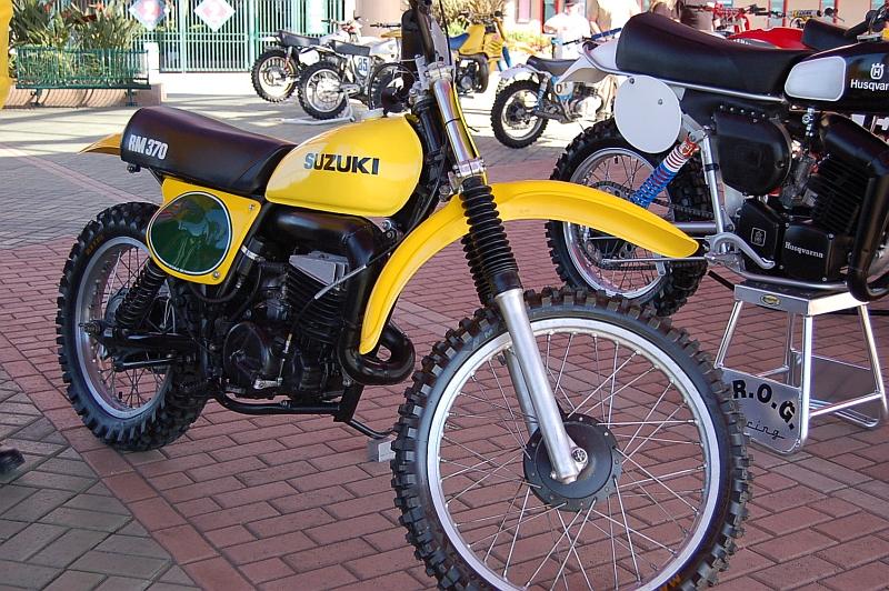 suzuki-rm-370